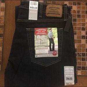 Levi Bootcut Jeans 38x30
